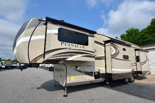Jayco Pinnacle 38FLWS RVs for Sale - Camping World RV Sales