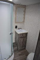 Bathroom : 2019-FOREST RIVER-210RT