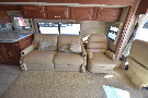 Living Room : 2005-WINNEBAGO-40AD