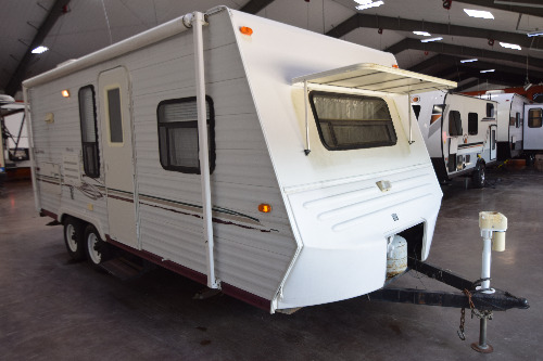 Bedroom : 2003-KZ RV-2002