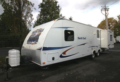 Used 2011 Heartland Northtrail 31RED Travel Trailer For Sale