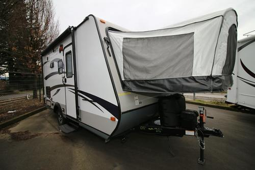 Used 2015 Jayco JAY FEATHER ULTRALITE X17A Hybrid Travel Trailer For Sale