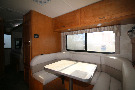Kitchen : 2019-WINNEBAGO-22M
