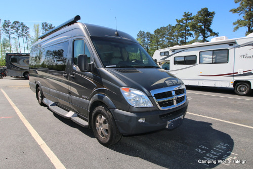 RV : 2010-WINNEBAGO-ERA
