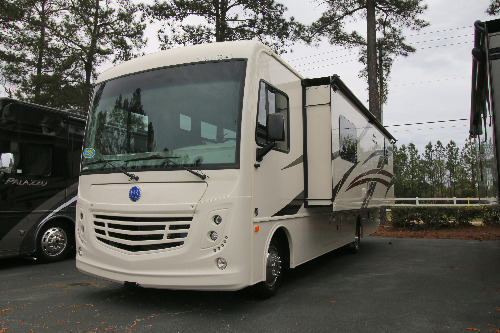 RV : 2020-HOLIDAY RAMBLER-29M
