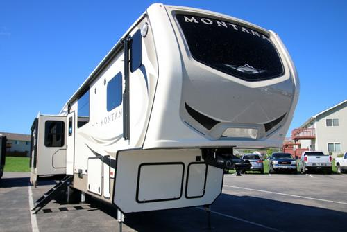 RV : 2019-KEYSTONE-3810MS