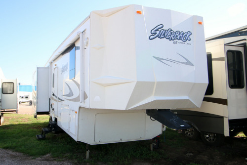 Exterior : 2009-FOREST RIVER-32WRL