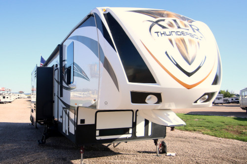 Exterior : 2015-FOREST RIVER-415AMP