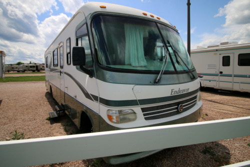 Exterior : 1998-HOLIDAY RAMBLER-34CG FORD