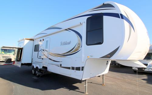 Used 2012 Forest River Wildcat 313RE Fifth Wheel For Sale