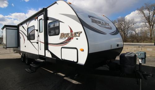 Used 2013 Keystone Bullet 298BHS Travel Trailer For Sale