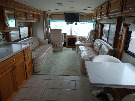Living Room : 2000-AMERICAN COACH-40TVS