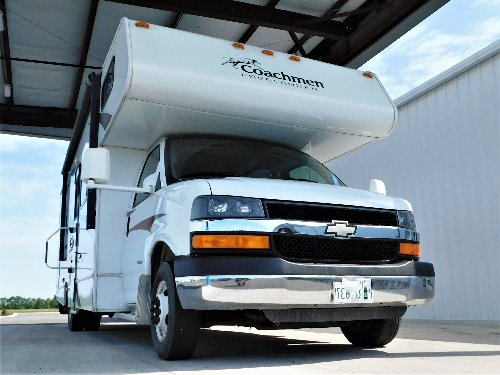 Exterior : 2012-COACHMEN-28 QB-LTD CHEVY