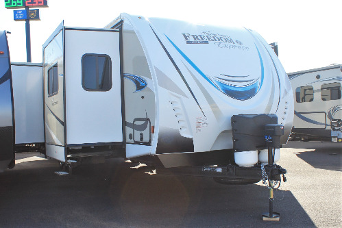 Exterior : 2019-COACHMEN-321FEDS