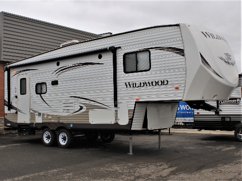 Exterior : 2013-FOREST RIVER-24RLS