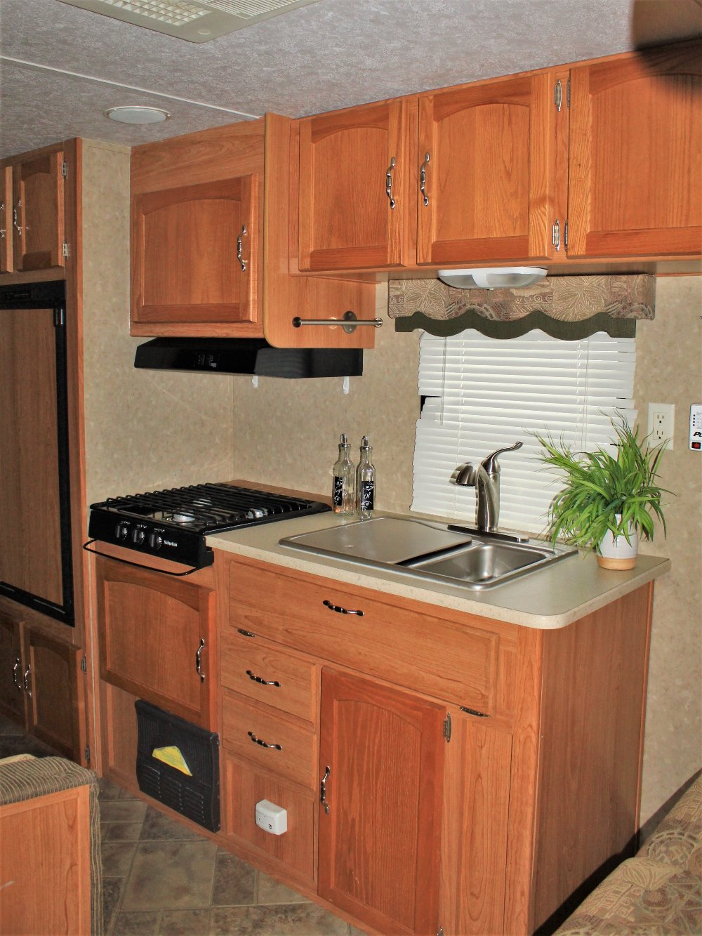 2008 Forest River 27fq