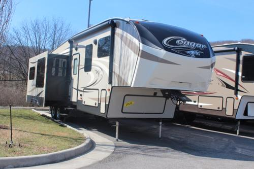 2016 Fifth Wheel Keystone Cougar