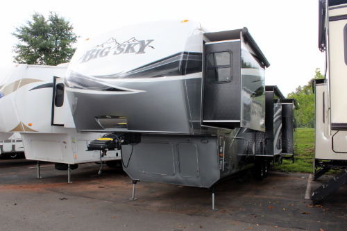 Exterior : 2013-KEYSTONE-3625RE