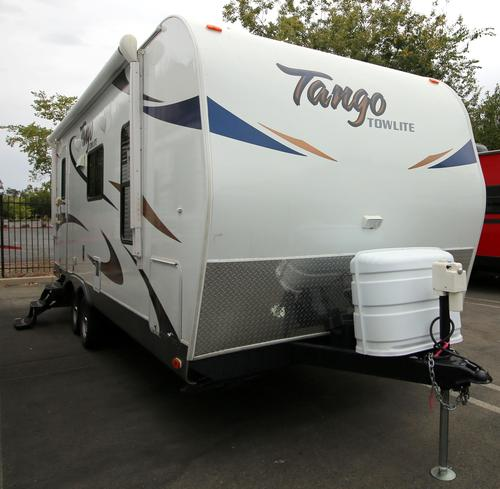 Used 2013 Pacific Coachworks Tango 21FBS Travel Trailer For Sale