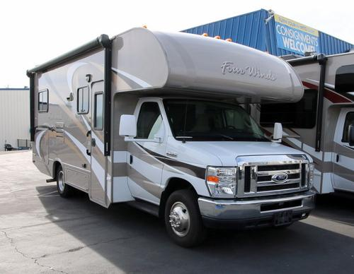 Used 2015 Thor Four Winds 24C Class C For Sale