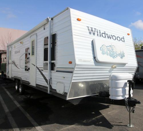Used 2006 Forest River Wildwood 26FK Travel Trailer For Sale