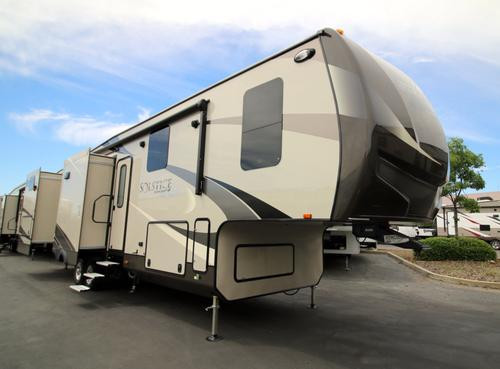 New 2017 Starcraft SOLSTICE 368BHSS Fifth Wheel For Sale