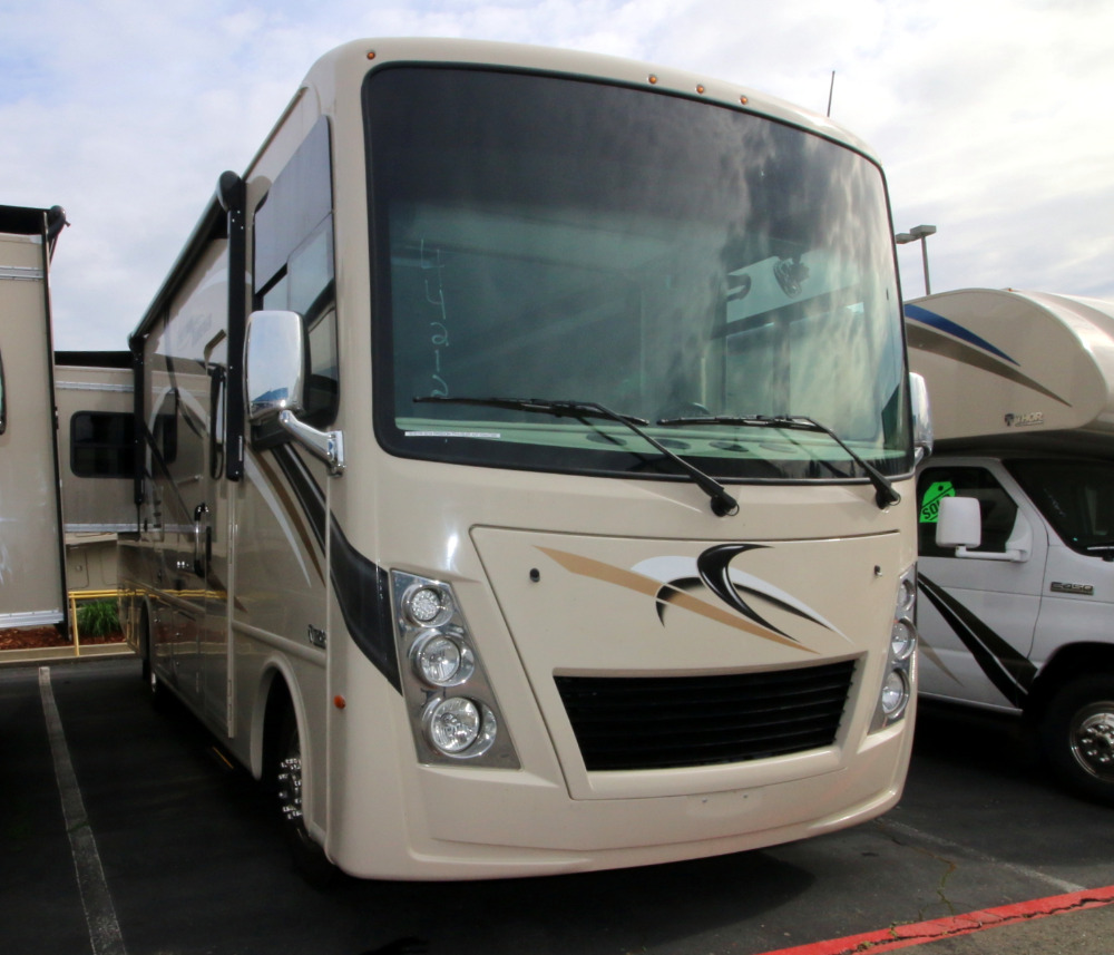 Thor Freedom Traveler A27 Camping World Hkr 1616178