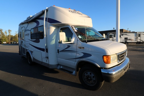 Exterior : 2005-COACHMEN-225 RK-FORD