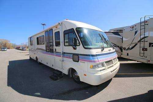 Used 1995 Fleetwood Southwind M-E Class A - Gas For Sale