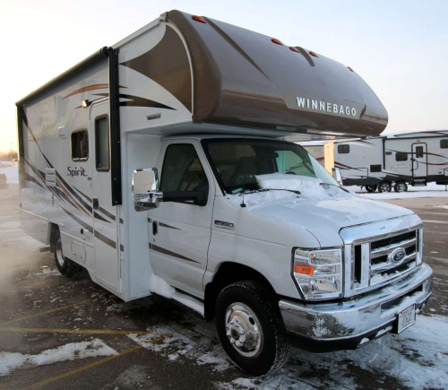 RV : 2018-WINNEBAGO-22M