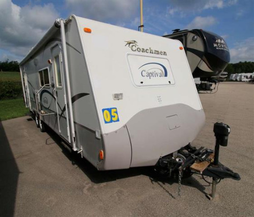 Exterior : 2005-COACHMEN-296KS
