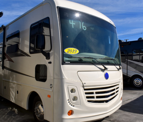 Exterior : 2019-HOLIDAY RAMBLER-34J