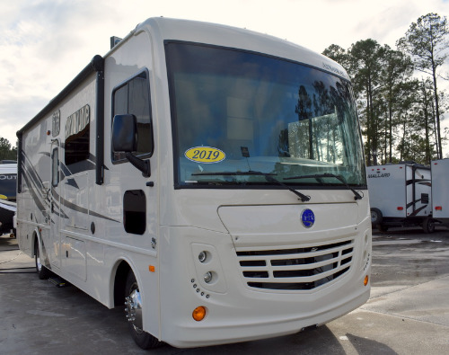 Exterior : 2019-HOLIDAY RAMBLER-28A