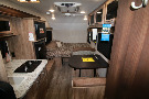 Floor Plan : 2018-JAYCO-17RB