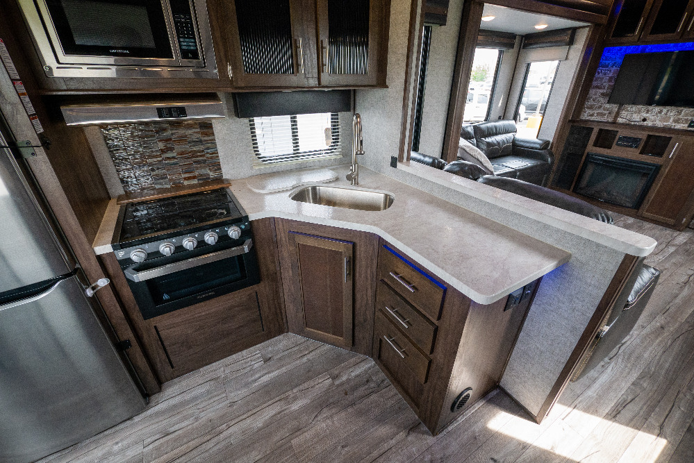 2019 Forest River 305ml6