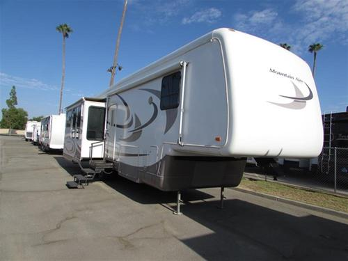 Used 2004 Newmar Mountain Aire 35LKBH Fifth Wheel For Sale