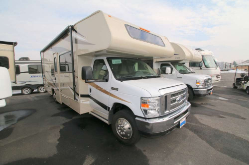 Kitchen : 2019-COACHMEN-260RS