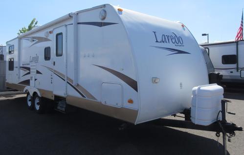2009 Keystone Laredo