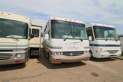 Used 1999 Damon Challenger 35 Class A - Gas For Sale