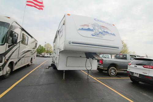 Used 2005 Keystone Cougar 281 Fifth Wheel For Sale