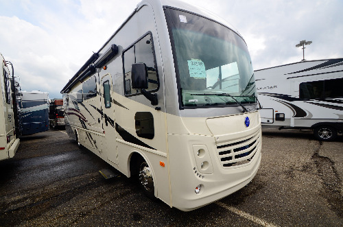 Exterior : 2020-HOLIDAY RAMBLER-35R
