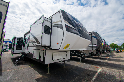 Forest River Wildcat 32WB RVs for Sale - Camping World RV Sales