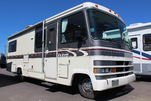 Exterior : 1991-FLEETWOOD-25Y (FORD)