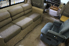 Living Room : 1991-WINNEBAGO-M-33RQ-FORD 460