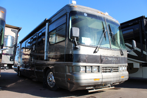 Exterior : 1995-HOLIDAY RAMBLER-40WD