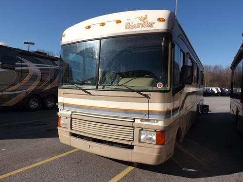 Used 1997 Fleetwood Bounder 32H Class A - Gas For Sale