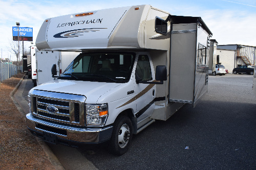RV : 2019-COACHMEN-317SA