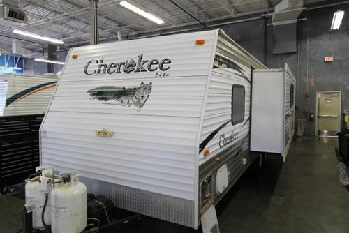 Used 2008 Forest River Cherokee 26RK Travel Trailer For Sale