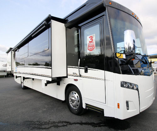 RV : 2019-WINNEBAGO-40A
