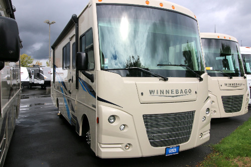 RV : 2019-WINNEBAGO-29VE